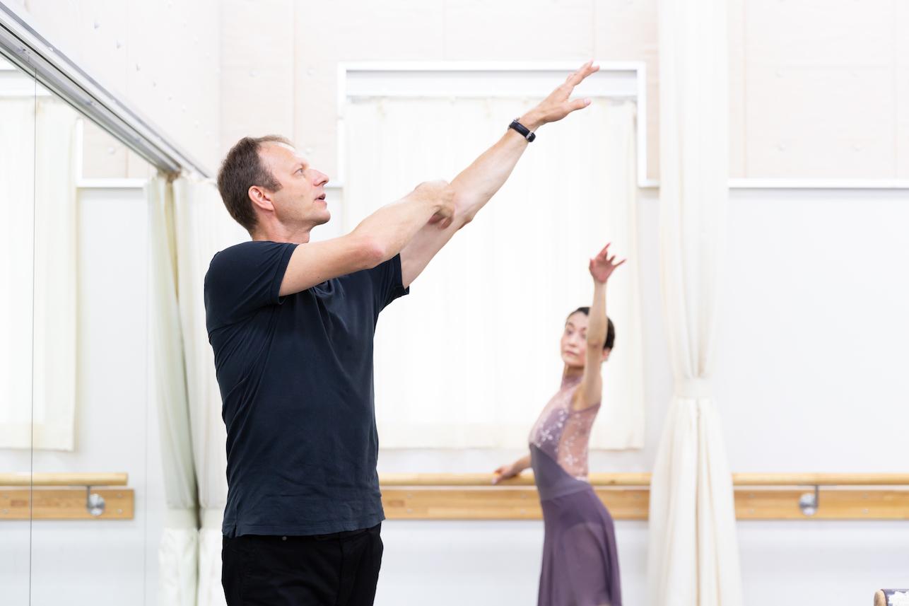 【インタビュー】パリ・オペラ座バレエ教師 アンドレイ・クレム氏に聞く②「おとなはもっと自信をもっていい」